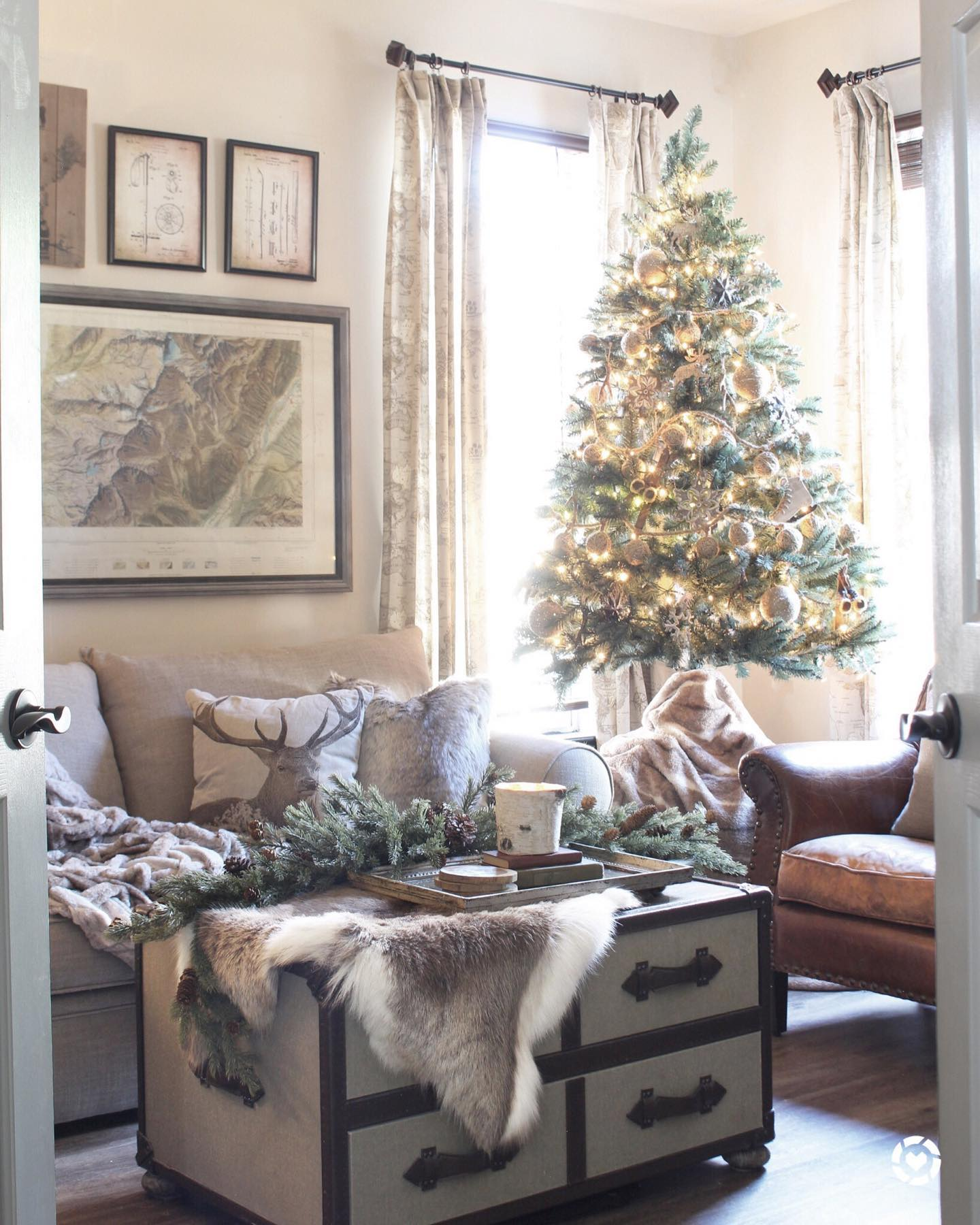 Cozy rustic holiday Instagram Post