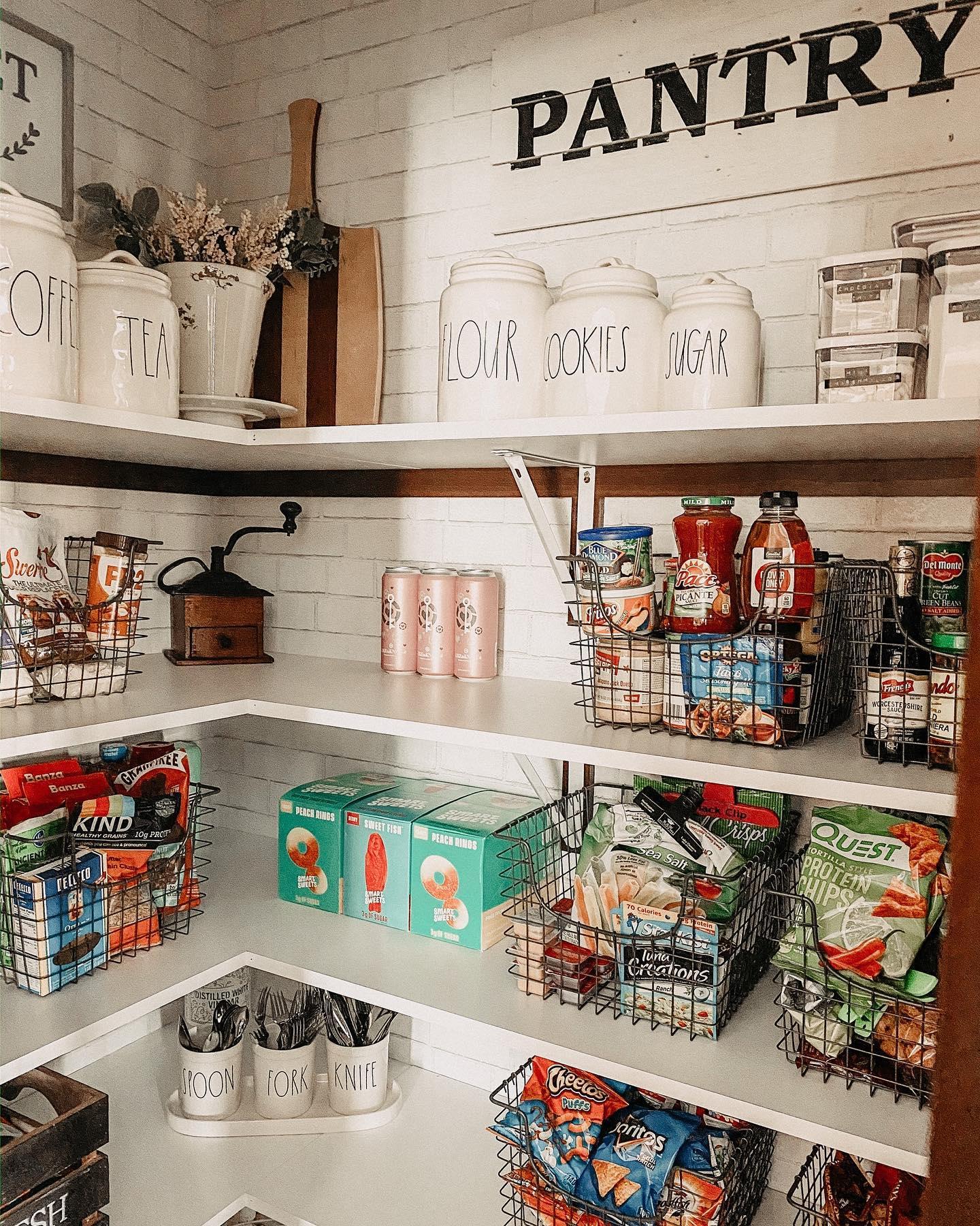 Farmulosity organized pantry Instagram Post