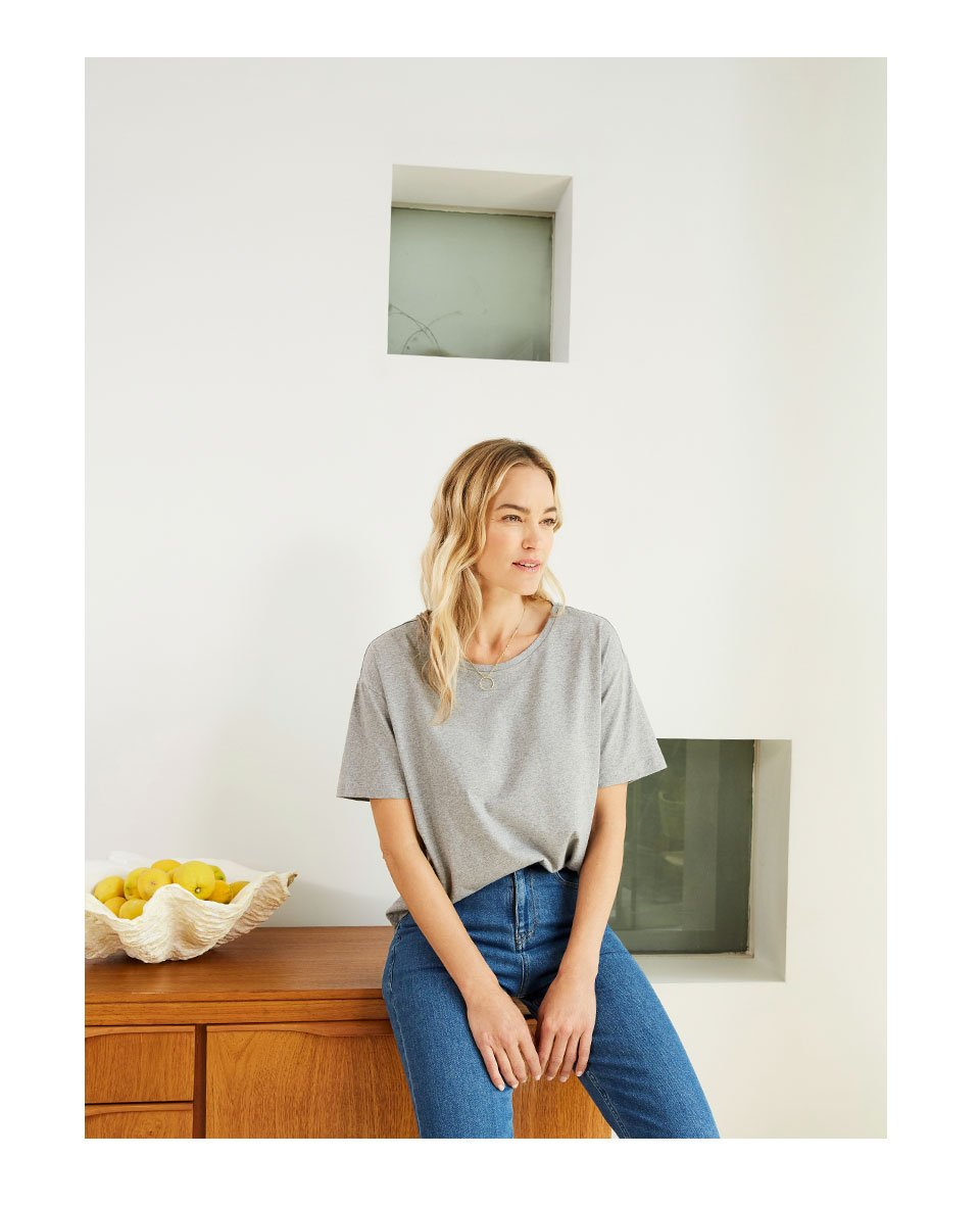 Shop The Girlfriend Jean Washed Blue, Franka Cotton Top Grey Marl and more