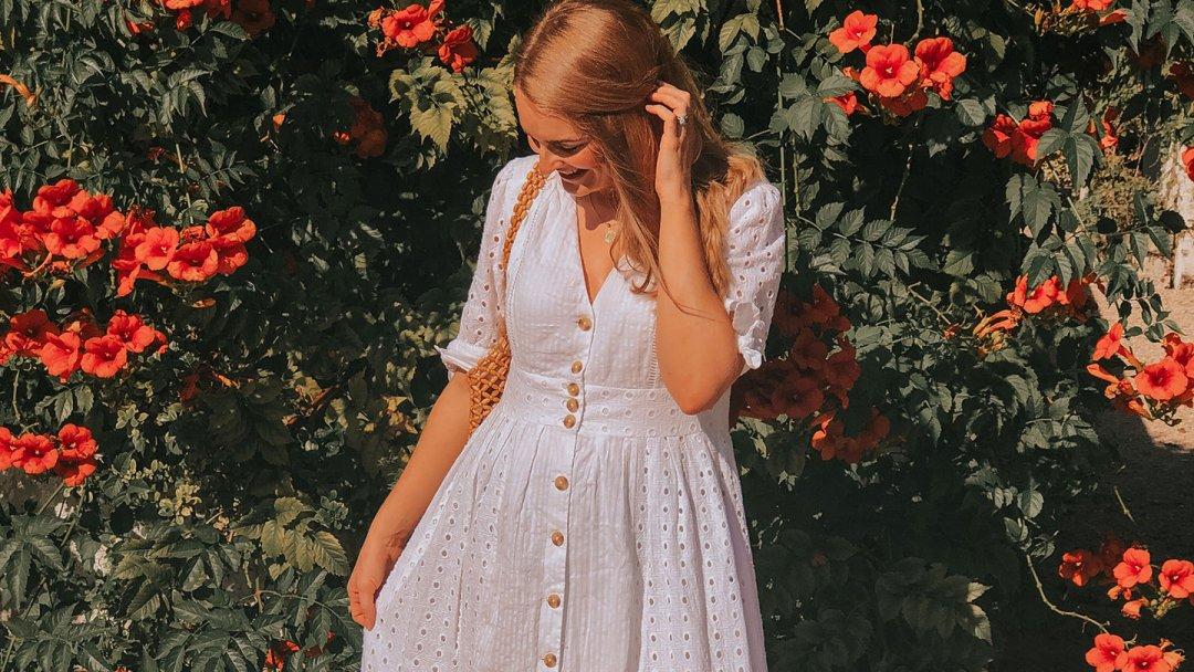 Holiday Wardrobe with Simone Oaks