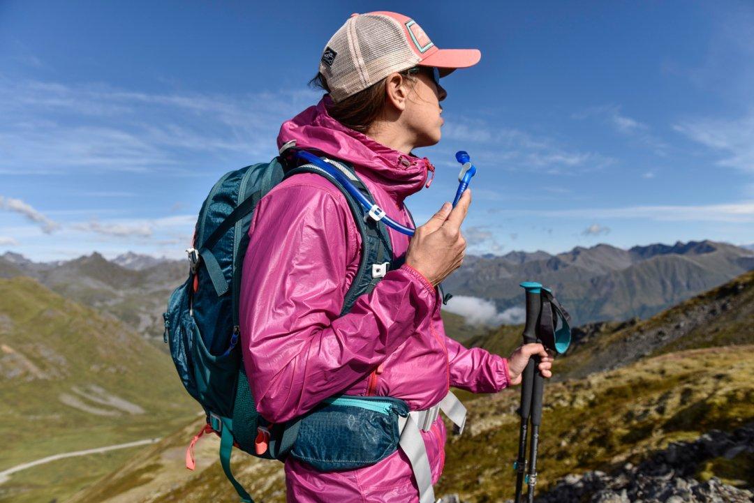Gear Review: Women's CamelBak Sundowner Hydration Pack - REI Co-op Journal