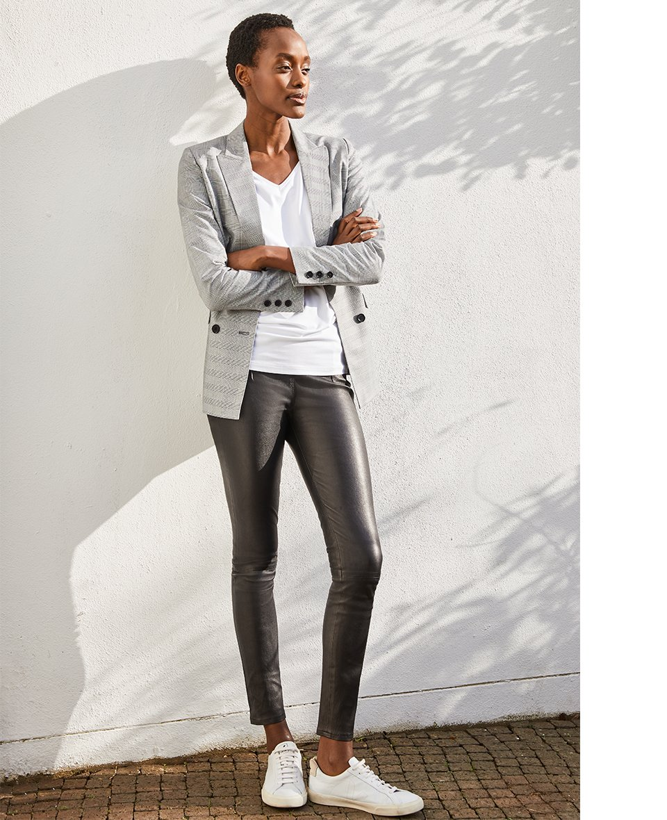 Shop Liv Leather Leggings Caviar Black, Ella Top with LENZING™ ECOVERO™ Pure White and more