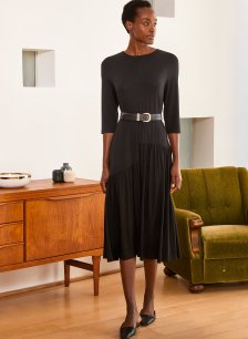 Shop Lissy Dress Caviar Black and more